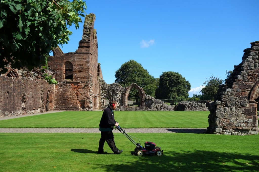 Coastal Road Trip, New Abbey, Sweetheart Abbey, Lawnmower