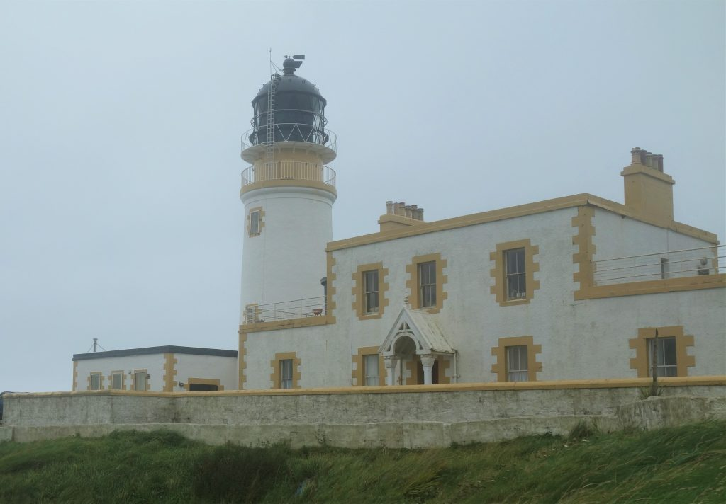 Coastal Road Trip, Black Head Lighthouse