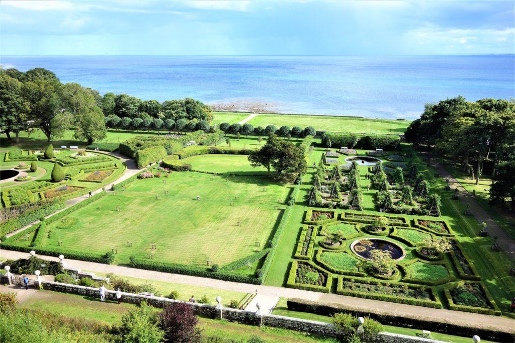 Coastal Road Trip, Dunrobin Castle, Garden