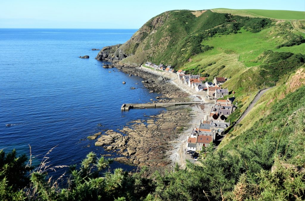 Coastal Road Trip, Crovie, Viewpoint, Fishing village
