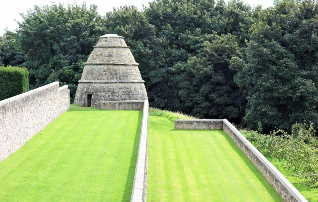 Coastal Road Trip, Aberdove Castle, Beehive shaped Doocot, Dovecote, Pigeon, Dove, House
