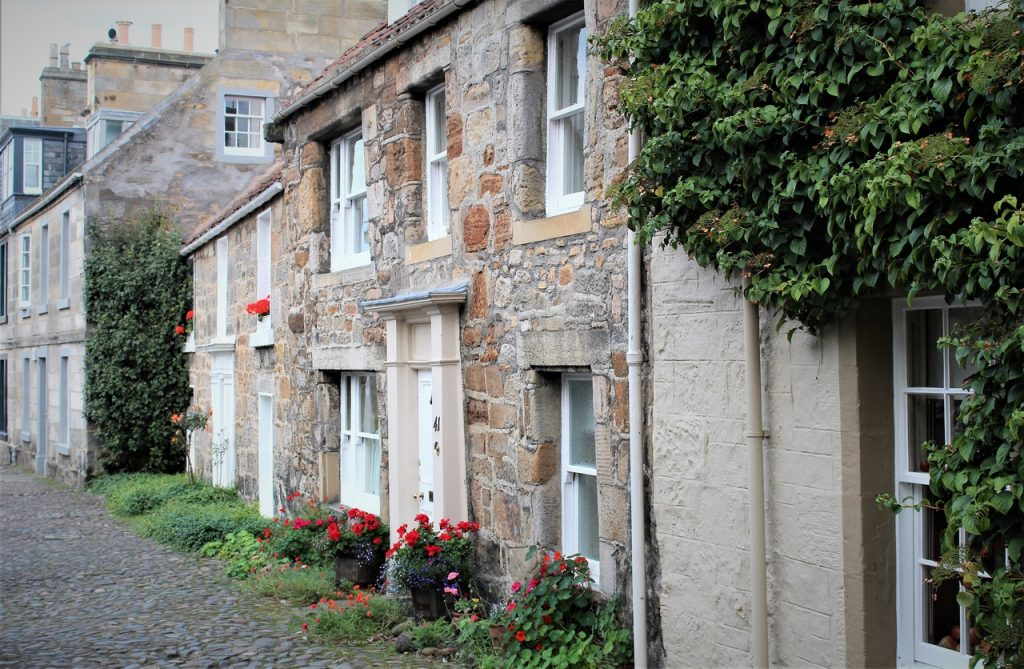 Coastal Road Trip, St Andrews, Cobbled Street, Cottage