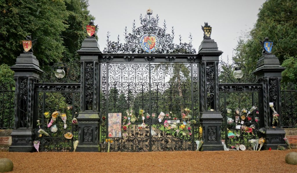 Coastal Road Trip, Sandringham, Main Gates, Diana Tribute, Flowers