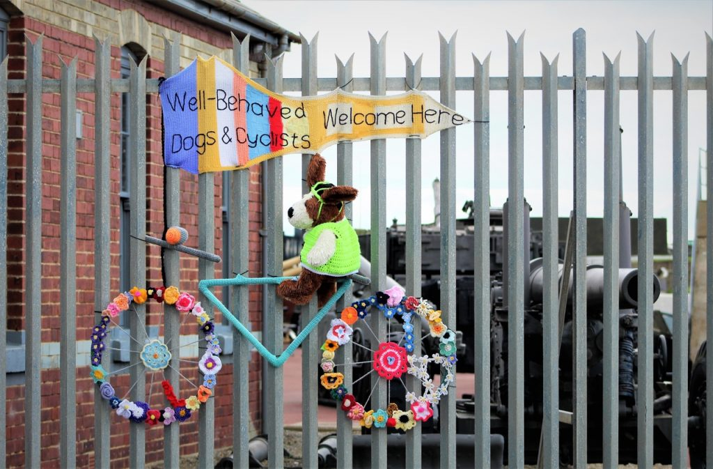 Coastal Road Trip, Hartlepool, Headland, Heugh Gun Battery, Well behaved dogs & Cyclists welcome here, Sign