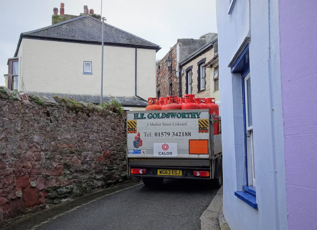Coastal Road Trip, Cawsand, Kingsand, Garrett Street, Narrow street, Van blocking road
