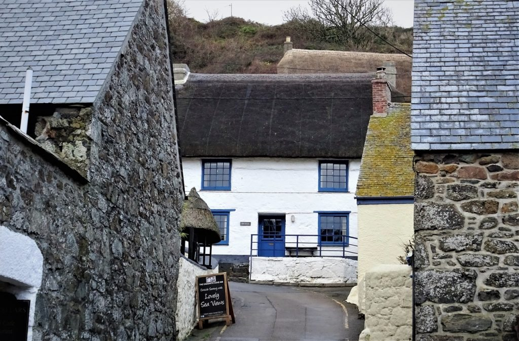 Coastal Road Trip, Cadgwith, Cove, Narrow Street, New Road, Inn, The Old Cellars