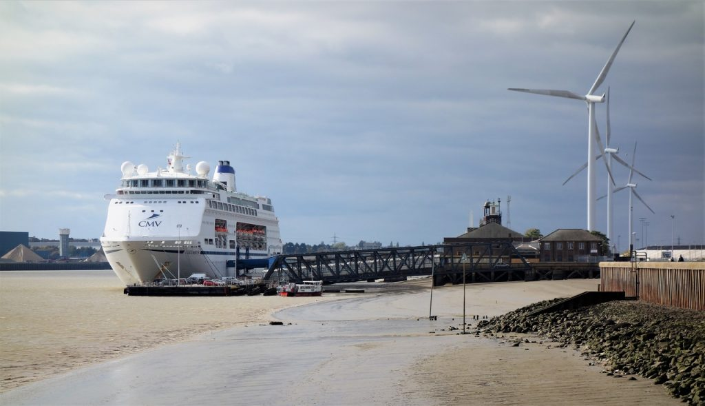 Coastal Road Trip, Tilbury, Tilbury Fort, Cruise Ship, Thames, CMV, Wind Turbines